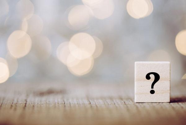 blog video faq 1a dumela 600x403 - FAQ vídeo: entenda o que é, quais suas vantagens e como fazer um