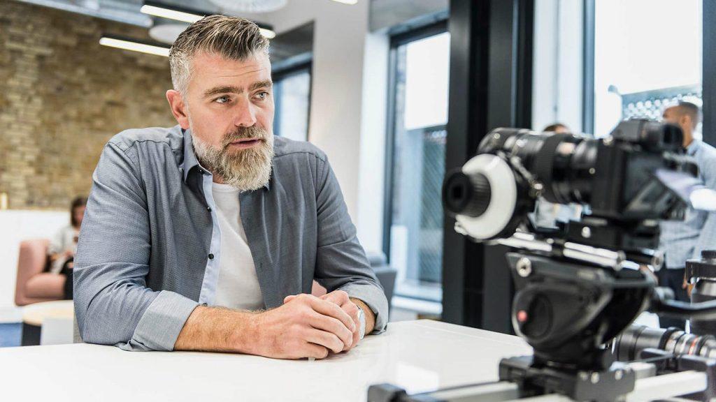 estrategia diferenciada de marketing corporativo 1 dumela filmes 1024x576 - DBS - Tudo sobre produção audiovisual para negócios