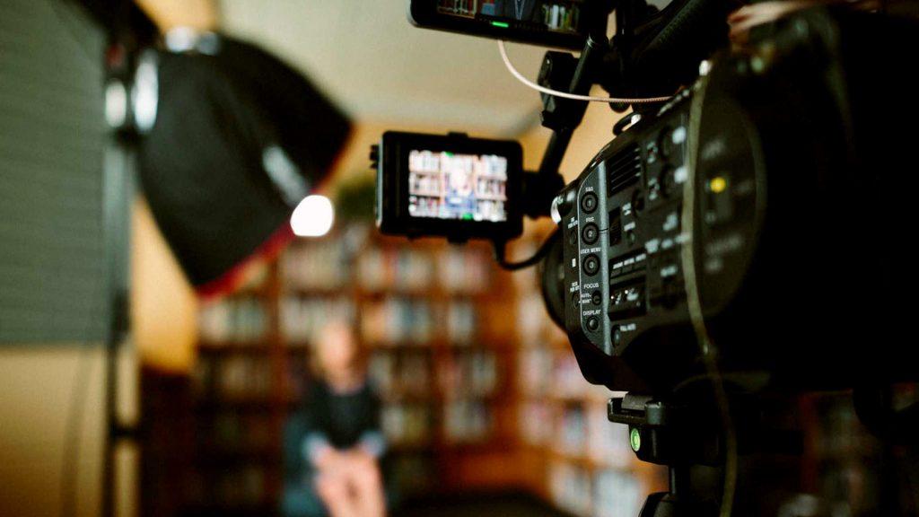 fazer videos profissionais 1a dumela 1024x576 - Blog - Conteúdo sobre Vídeo Marketing e Produção Audiovisual