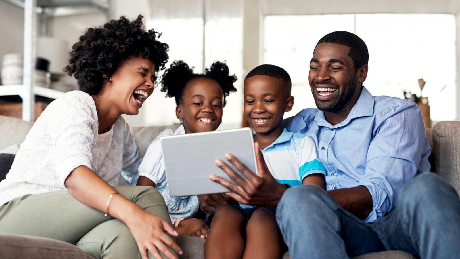port mes das criancas 01a dumela - Especial mês das crianças: 4 canais do Youtube de vídeo infantil animado