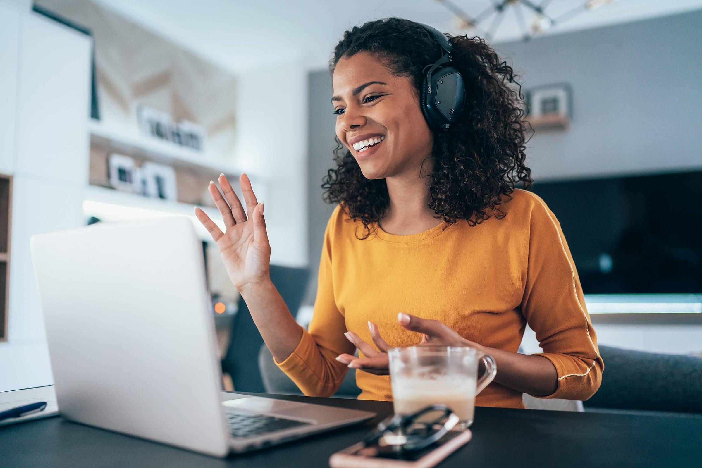 Videoconferência: entenda como garantir boas reuniões a distância