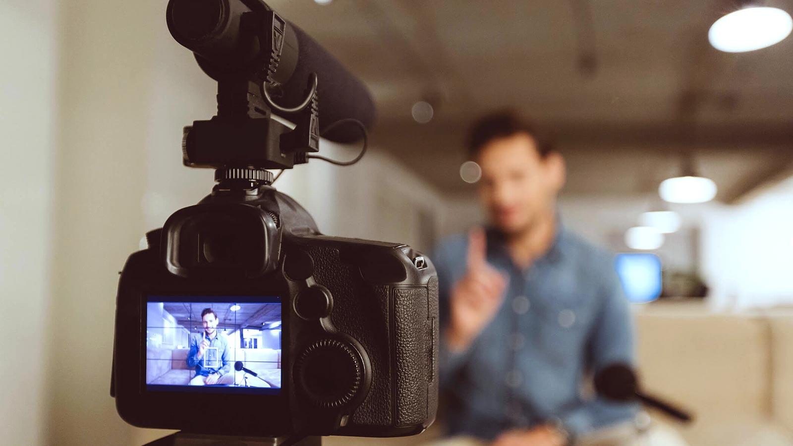 saiba como engajar seu publico com videos no facebook 1b dumela filmes - Saiba como engajar seu público com vídeos no Facebook